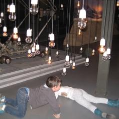 Noch etwas zum Thema Strom: Glühbirnen! / A little more about electricity: light bulbs!