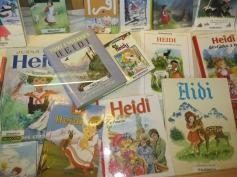 Heidi in viele verschiedene Sprachen / Heidi in many different languages