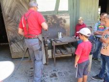 Besuch beim Schmied / Visit to the blacksmith