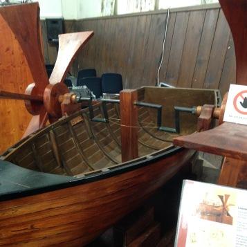 Ein Schiff--seiner Zeit weit voraus / A ship--way ahead of his time
