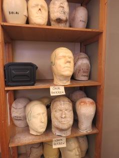 Die Köpfe der Sänger und Schauspieler / The singers' and actors' heads