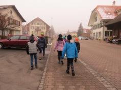 Kreuz und quer durchs Dorf / All throughout the village