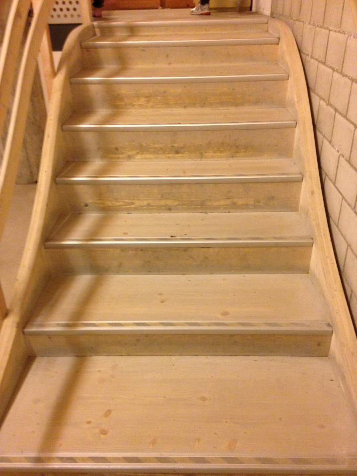 Perfekte ergonomische Treppe / Perfectly ergonomic staircase