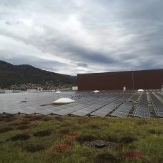Grosse Solaranlage auf dem Dach